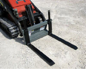WOMPF-2000B/G Pallet Fork Carriage Bobcat Gehl Mini-Skid Steers