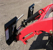 835110 Adapter Plate Mahindra 25L TYM TX-25 To Skid Steer QA